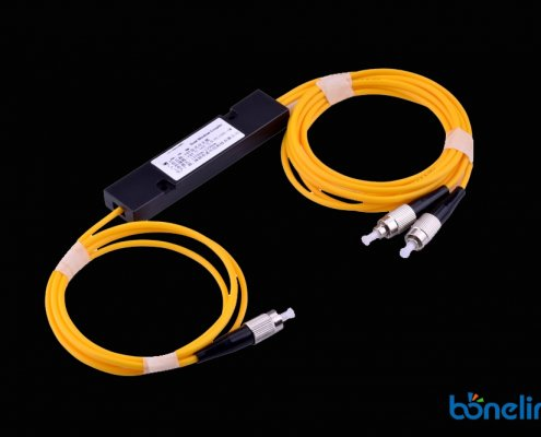 Fiber Optic FBT Passvie Splitter with FC Connectors BS F355 495x400 - 3 Way Fiber Optic Splitter with Singlemode LC Connectors BS-F330